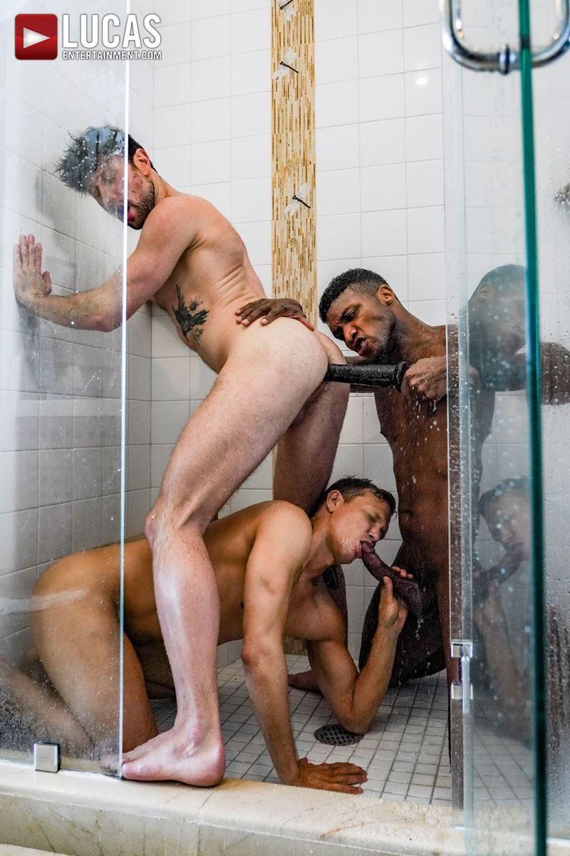Double-penetration-Andre-Donovan-Ethan-Chase-huge-dicks-bare-fucking-Drew-Dixon-hot-hole-018-gay-porn-pics