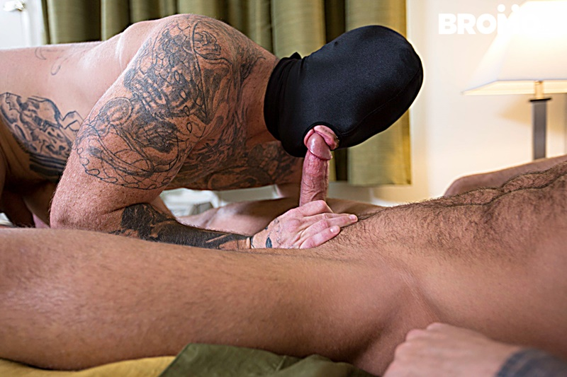 bromo-sexy-naked-tattoo-muscle-men-dominic-chavez-sucks-muscled-hunk-brad-powers-toes-engorged-big-thick-large-dick-anal-fucking-009-gay-porn-sex-gallery-pics-video-photo