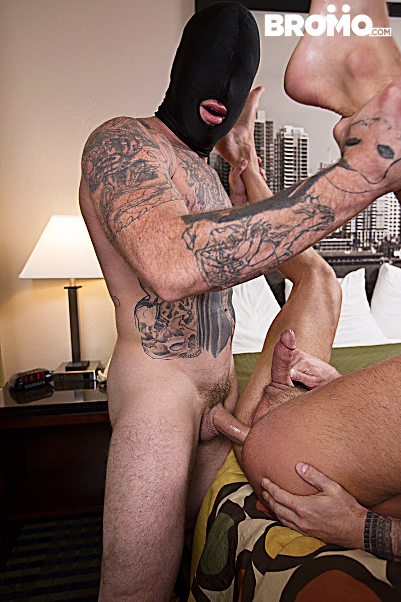 bromo-sexy-naked-tattoo-muscle-men-dominic-chavez-sucks-muscled-hunk-brad-powers-toes-engorged-big-thick-large-dick-anal-fucking-018-gay-porn-sex-gallery-pics-video-photo
