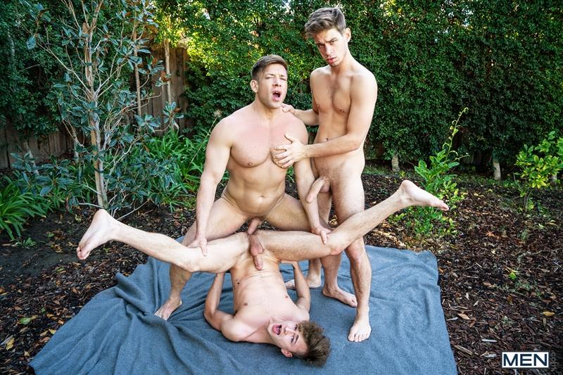 bruce-beckham-michael-del-ray-zander-lane-threesome-anal-big-cock-fuck-smooth-asshole-men-020-gay-porn-pics-gallery
