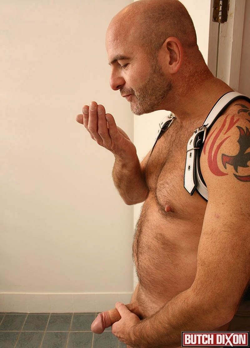 butchdixon-big-hairy-naked-bear-men-daddy-oliver-large-uncircumcized-uncut-dick-foreskin-jerk-off-solo-huge-cumshot-orgasm-jizz-015-gay-porn-sex-gallery-pics-video-photo