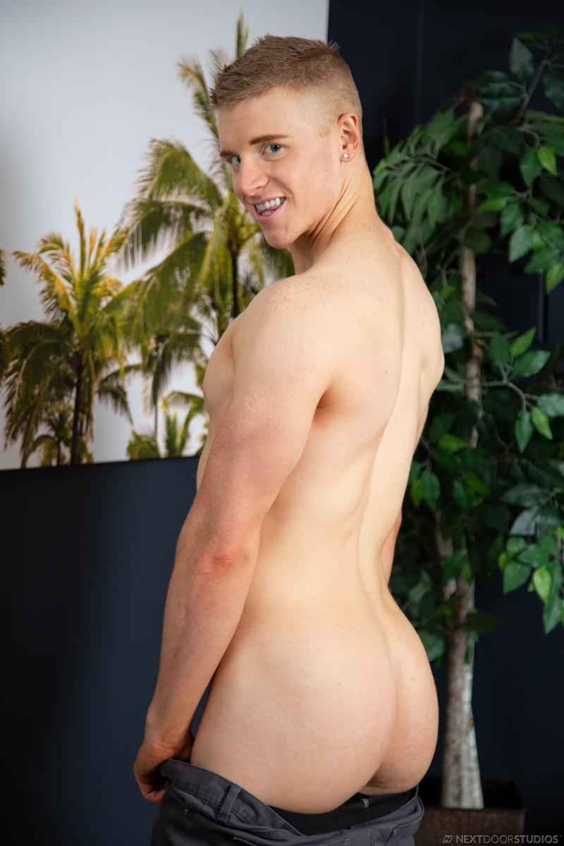 gay-porn-pics-004-charlie-pattinson-alex-tanner-big-thick-dick-fucks-cum-nextdoorstudios
