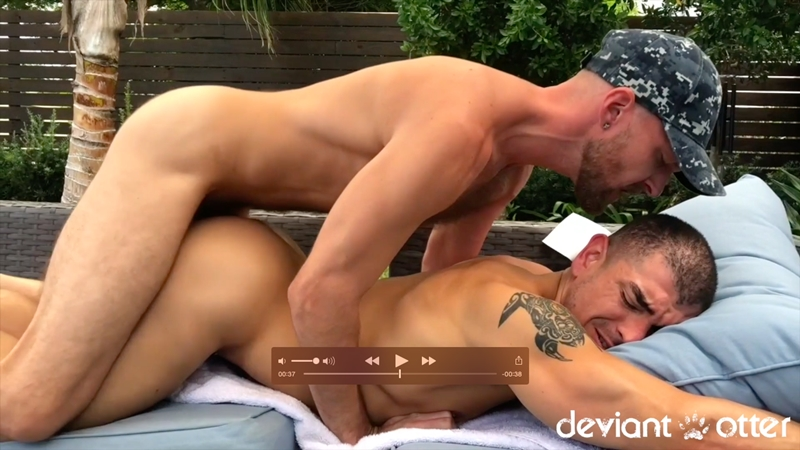 deviantotter-devin-totter-big-muscle-worshiper-jeremy-spreadums-bubble-butt-ass-cheeks-fucking-balls-deep-006-gay-porn-pictures-gallery