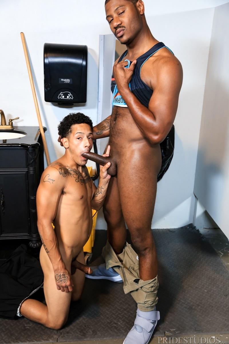 extrabigdicks-gay-porn-black-men-sex-pics-interracial-juan-carlos-adonis-couverture-big-ebony-cock-anal-rimming-smooth-asshole-007-gay-porn-sex-gallery-pics-video-photo