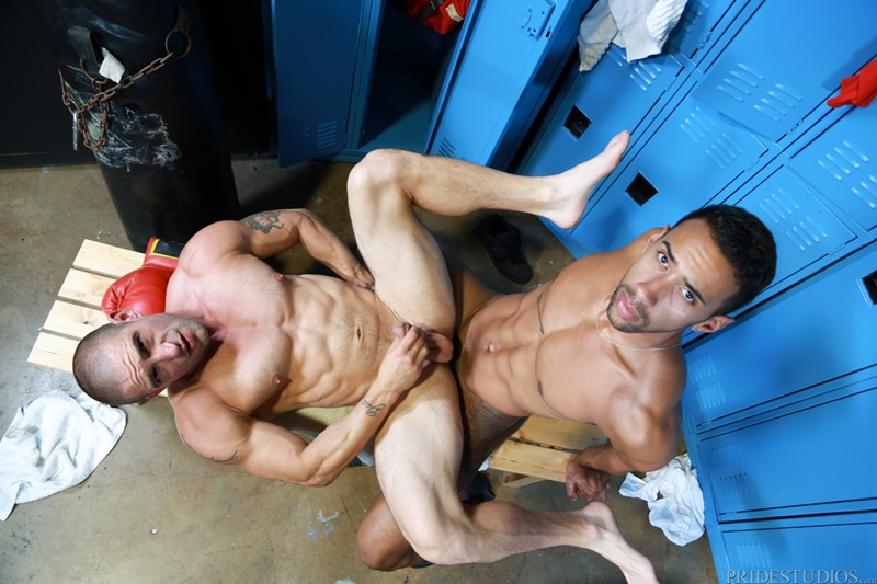 extrabigdicks-gay-porn-nude-big-muscle-dude-locker-room-sex-pics-ceasar-camaro-suckjay-alexander-huge-black-cock-015-gallery-video-photo