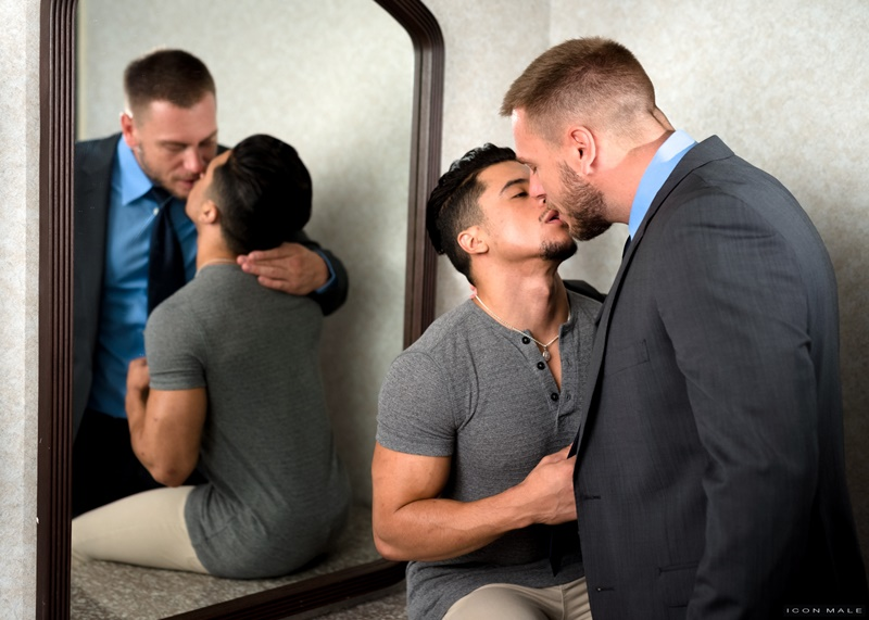 iconmale-gay-porn-big-nude-muscle-dude-latin-sex-pics-hans-berlin-fucks-armond-rizzo-bubble-butt-ass-hole-019-gallery-video-photo