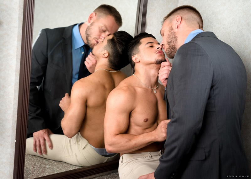 iconmale-gay-porn-big-nude-muscle-dude-latin-sex-pics-hans-berlin-fucks-armond-rizzo-bubble-butt-ass-hole-021-gallery-video-photo