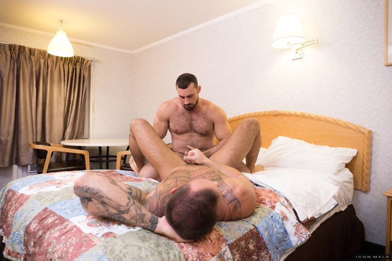 iconmale-gay-porn-hot-muscle-daddy-big-dick-ass-fucking-sex-pics-jaxton-wheeler-michael-roman-010-gallery-video-photo