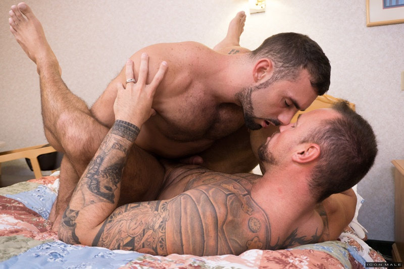 iconmale-gay-porn-hot-muscle-daddy-big-dick-ass-fucking-sex-pics-jaxton-wheeler-michael-roman-012-gallery-video-photo