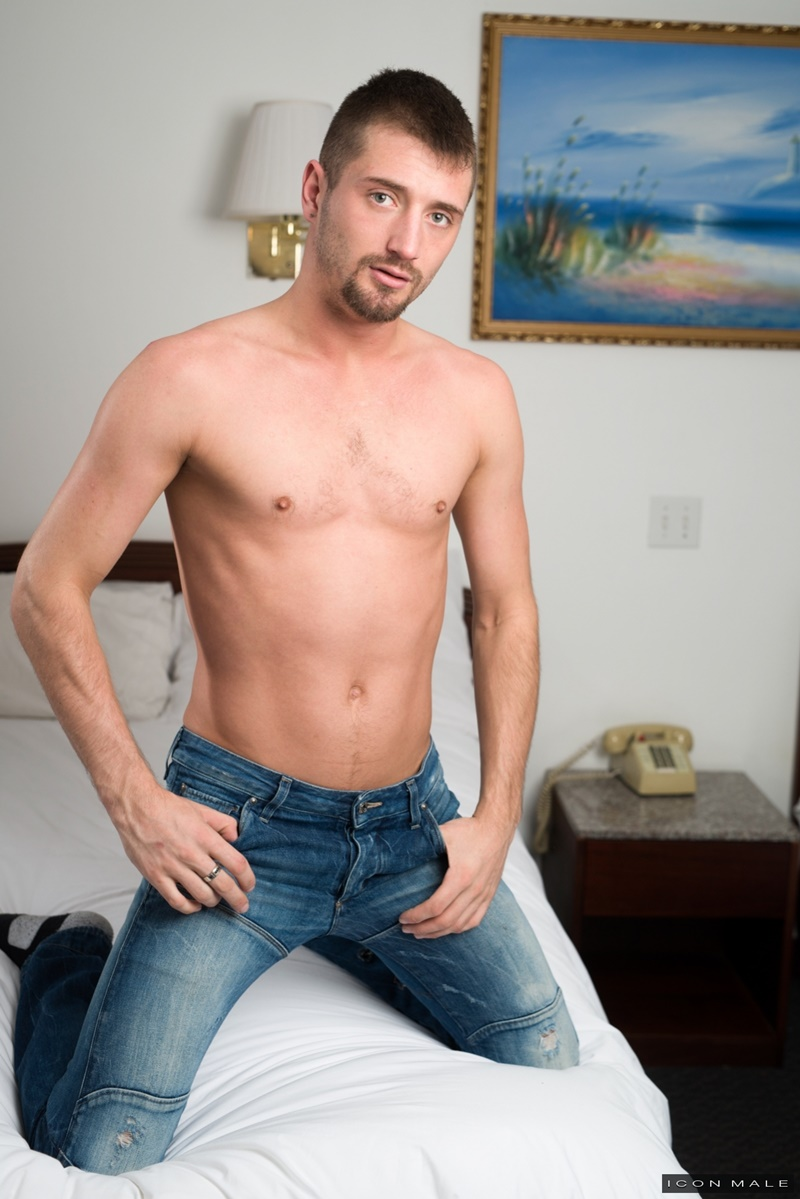 iconmale-gay-porn-sexy-stud-young-ass-big-dick-sex-pics-jd-phoenix-fucked-daddy-michael-roman-big-cock-018-gallery-video-photo