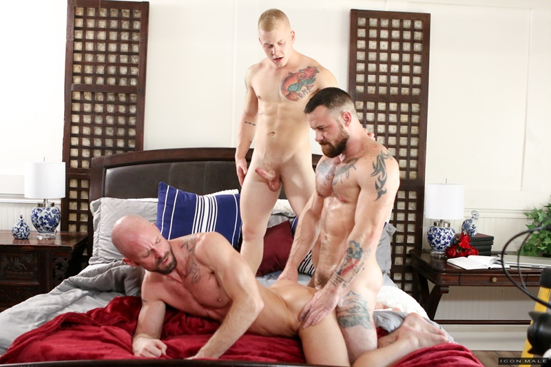 iconmale-gay-porn-young-son-ass-fuck-huge-muscle-dicks-sex-pics-leo-luckett-mitch-vaughn-sergeant-miles-001-gallery-video-photo
