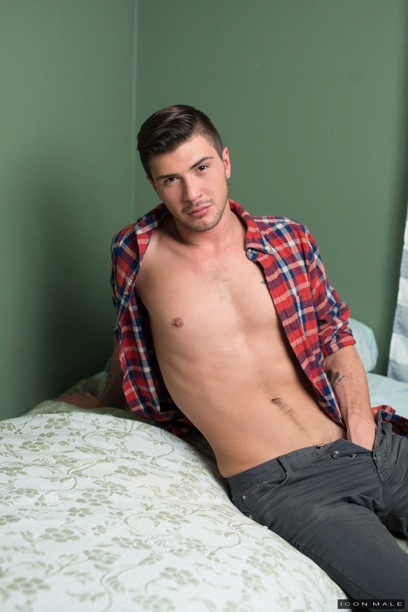 iconmale-sexy-naked-college-dudes-zack-grayson-justin-dean-first-time-gay-sex-hot-anal-rimming-big-cock-sucking-hardcore-ass-fucking-020-gay-porn-sex-gallery-pics-video-photo