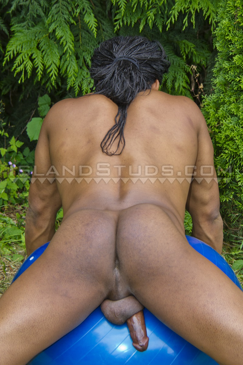 islandstuds-darion-jerks-9-inch-afro-cock-fingering-butthole-flexes-sexy-men-underwear-stripping-naked-sweaty-nudist-workout-009-gay-porn-sex-gallery-pics-video-photo