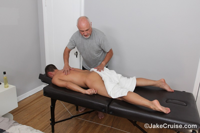 jakecruise-sexy-young-dude-wolfie-blue-big-thick-cock-massage-older-guy-jake-cruise-masturbation-mature-for-younger-004-gay-porn-sex-gallery-pics-video-photo
