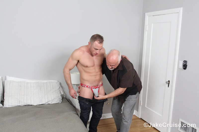 jakecruise-sexy-young-naked-dude-jacob-durham-big-cock-serviced-older-men-mature-jake-cruise-large-thick-dick-cocksucker-005-gay-porn-sex-gallery-pics-video-photo