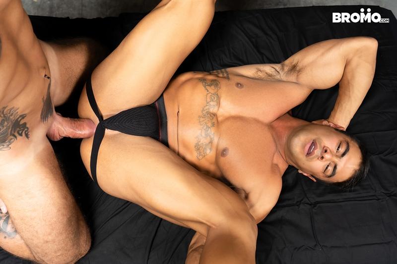 gay-porn-pics-016-jason-collins-draven-navarro-tattooed-muscle-beef-nipples-worship-hard-body-bromo