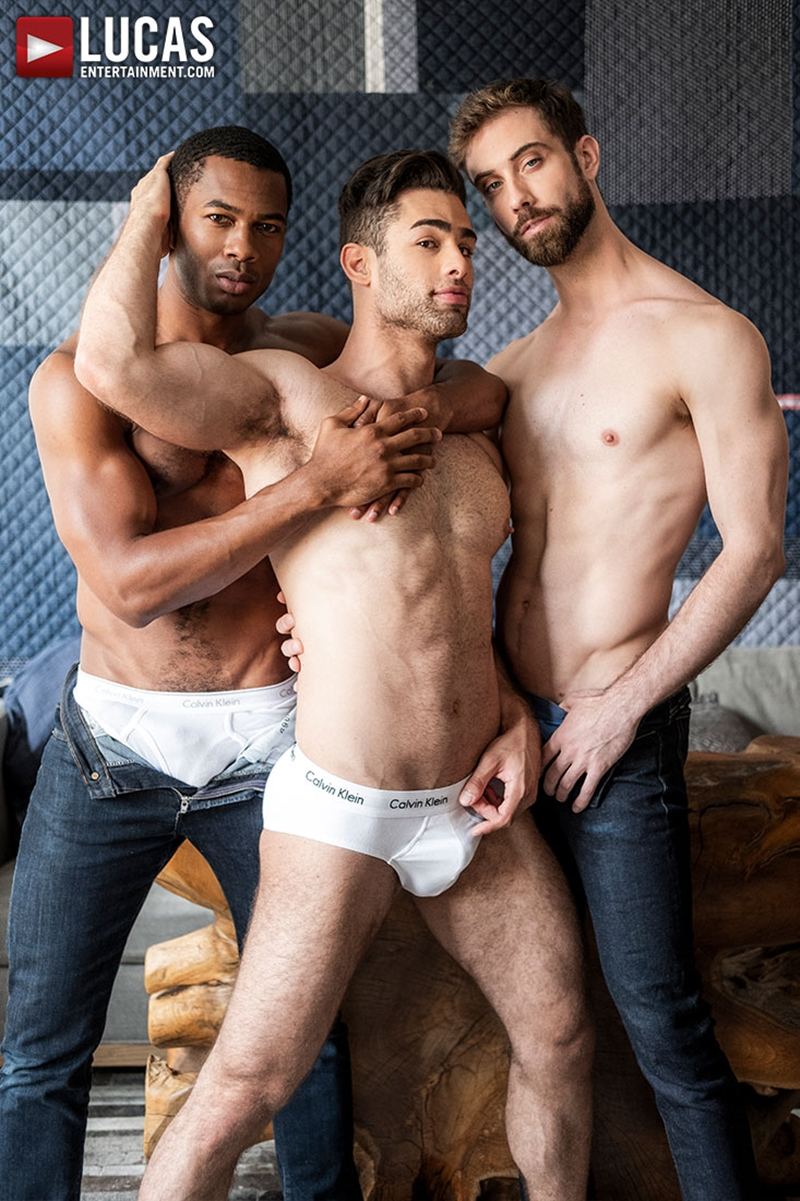 jason-cox-lucas-leon-sean-xavier-monster-black-dick-big-muscle-threesome-lucasentertainment-004-gay-porn-pictures-gallery
