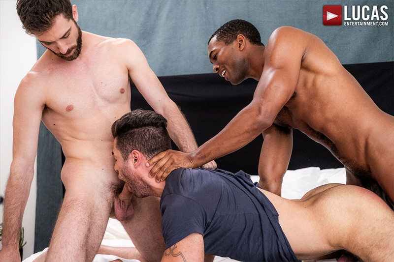 jason-cox-lucas-leon-sean-xavier-monster-black-dick-big-muscle-threesome-lucasentertainment-011-gay-porn-pictures-gallery
