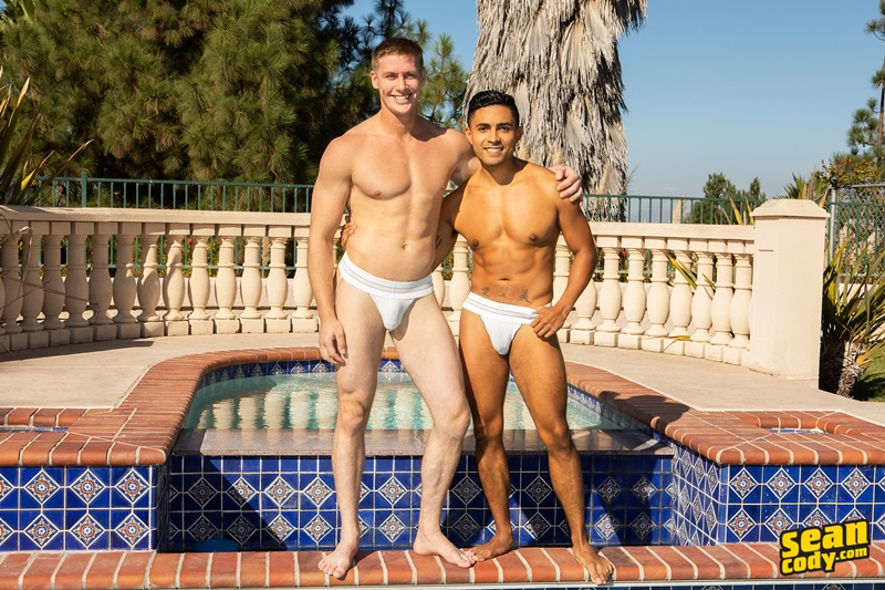 jax-barebacks-asher-fucks-big-bare-raw-cock-sucking-smooth-black-bubble-ass-hole-seancody-005-gay-porn-pictures-gallery