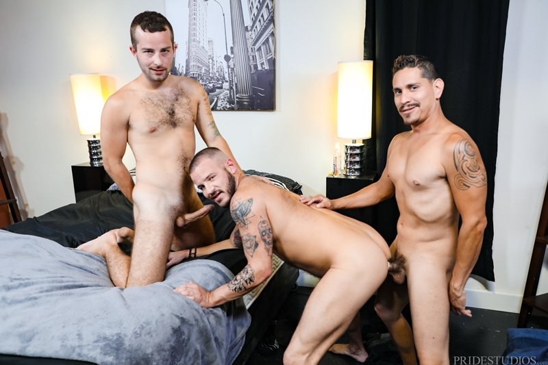 jay-donahue-sean-harding-lex-sabre-face-fucked-huge-uncut-cock-ass-fucking-extrabigdicks-008-gay-porn-pictures-gallery