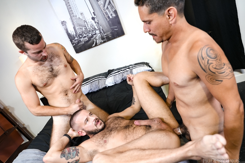 jay-donahue-sean-harding-lex-sabre-face-fucked-huge-uncut-cock-ass-fucking-extrabigdicks-010-gay-porn-pictures-gallery