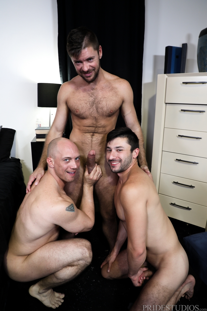 john-magnum-scott-demarco-jack-andy-big-cock-sucking-threesome-anal-fucking-extrabigdicks-006-gay-porn-pictures-gallery