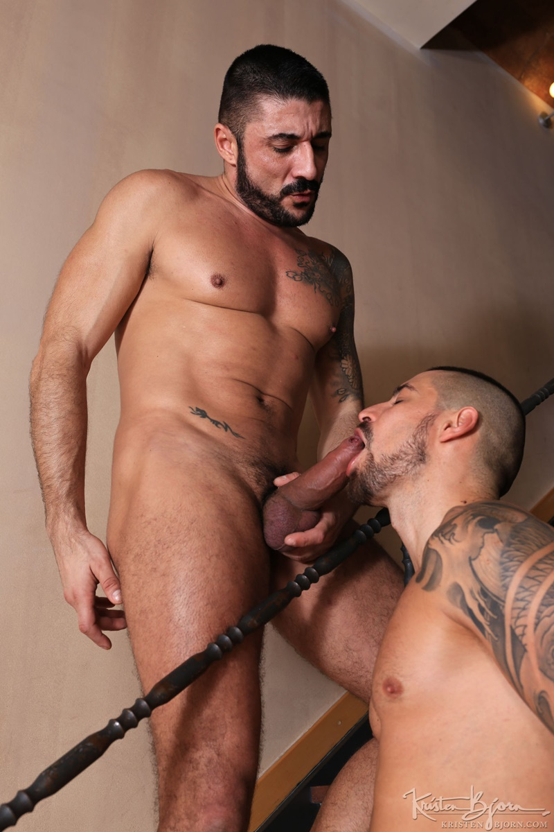 kristenbjorn-naked-big-muscle-guys-karl-lion-horny-max-toro-huge-muscled-cock-cocksucker-weight-lifter-anal-fucking-rimming-butt-015-gay-porn-sex-gallery-pics-video-photo_0