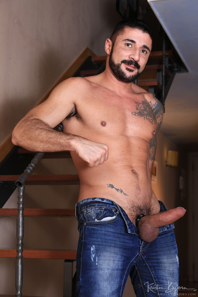 kristenbjorn-naked-big-muscle-guys-karl-lion-horny-max-toro-huge-muscled-cock-cocksucker-weight-lifter-anal-fucking-rimming-butt-018-gay-porn-sex-gallery-pics-video-photo_0