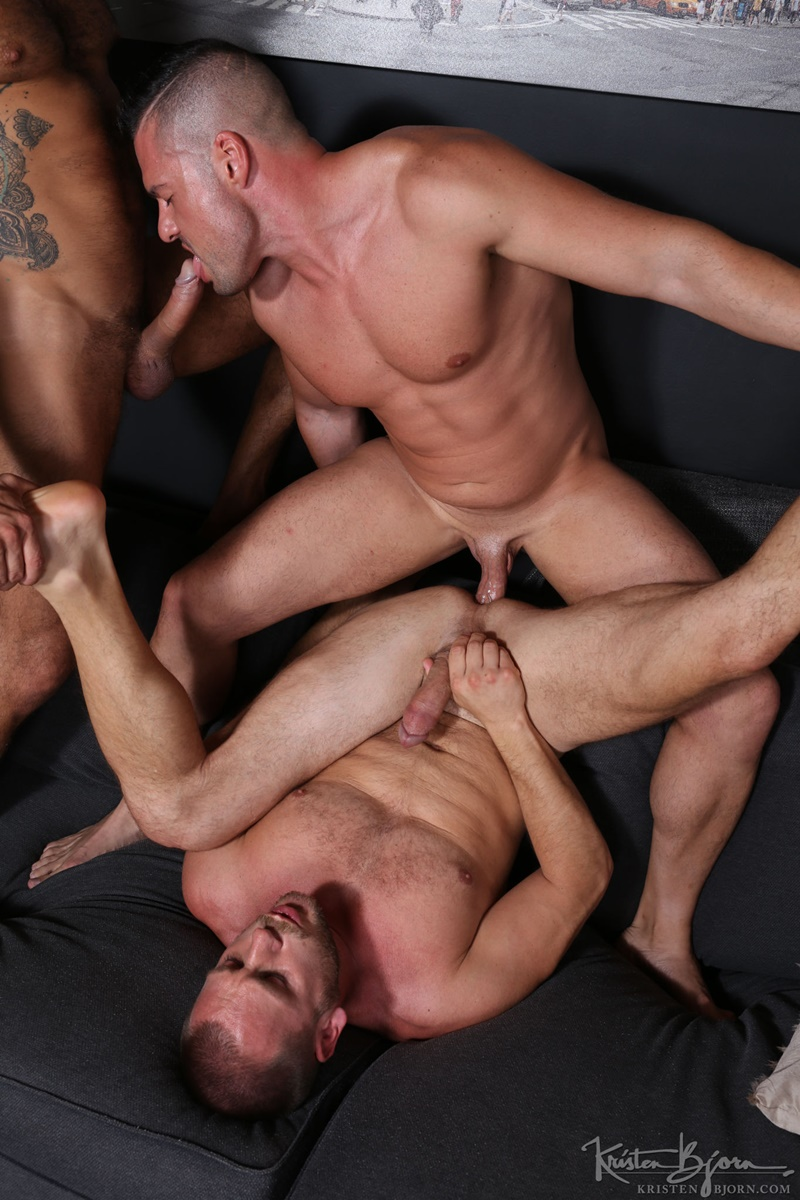 kristenbjorn-sexy-naked-muscle-men-gabriel-lunna-alberto-esposito-hans-berlin-threesome-ass-fucking-huge-uncut-cocks-anal-assplay-rimming-014-gay-porn-sex-gallery-pics-video-photo