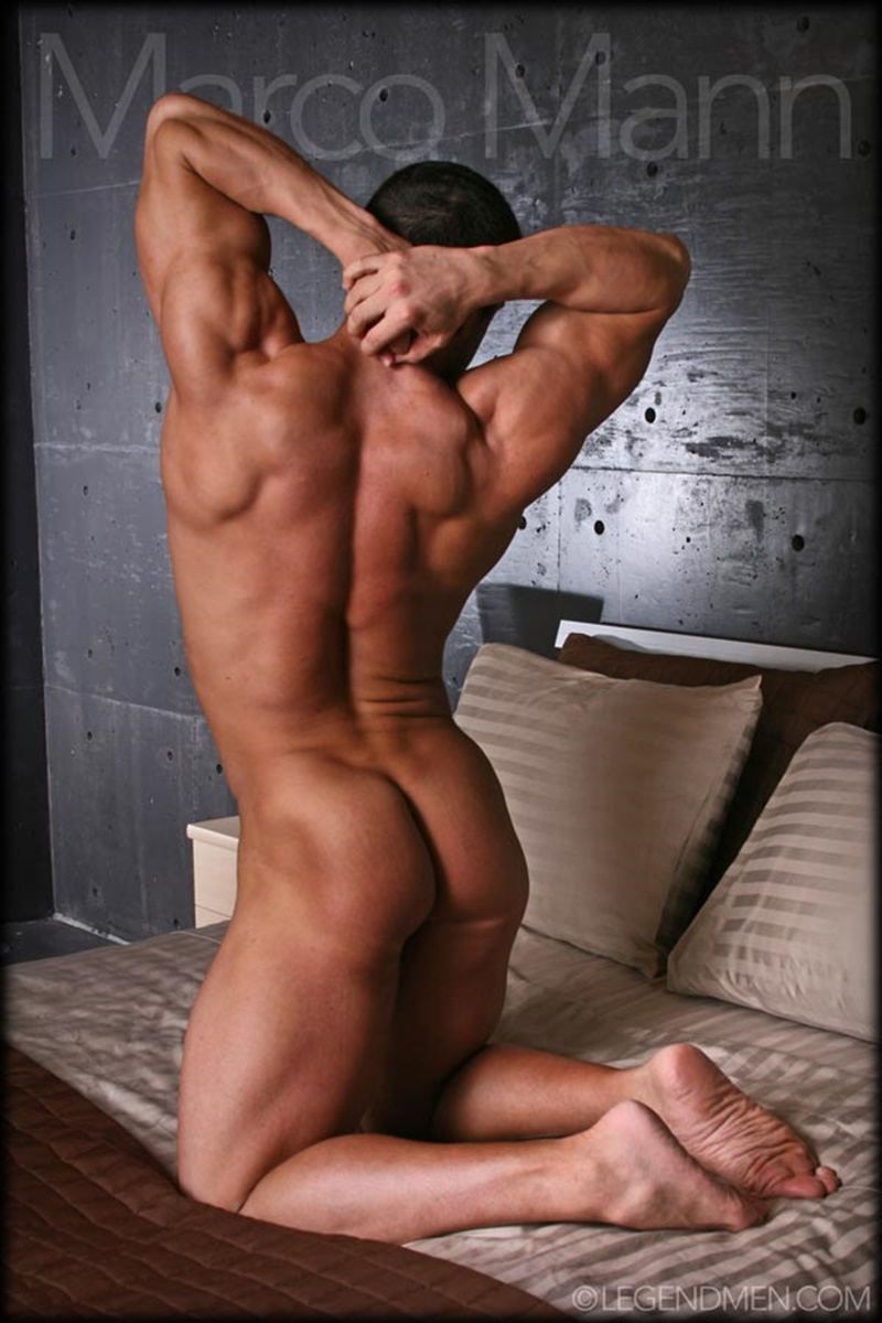legendmen-sexy-naked-big-muscle-bodybuilder-ripped-legend-man-marco-mann-strips-jerks-his-huge-uncut-dick-foreskin-hunks-005-gay-porn-sex-gallery-pics-video-photo