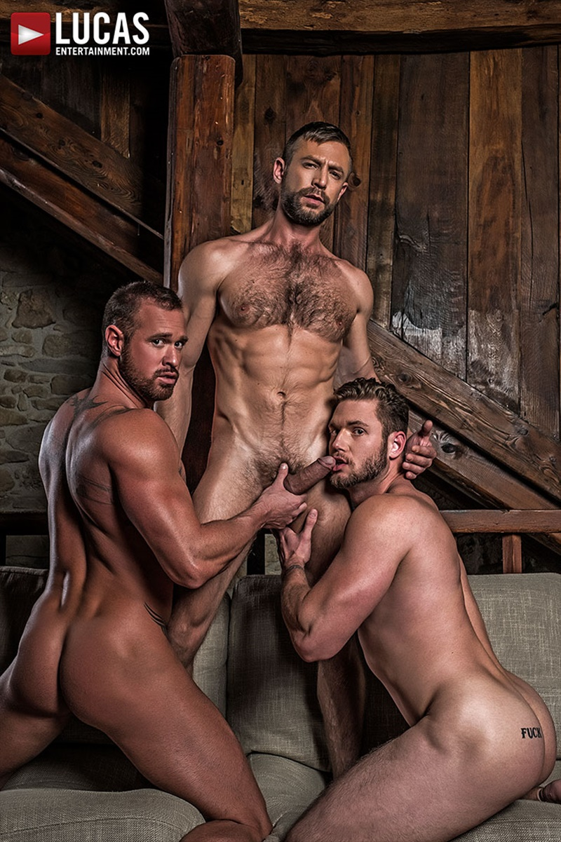 lucasentertainment-big-muscled-tattoo-naked-dude-bulrog-fucks-asses-muscle-hunks-ace-era-michael-roman-ripped-six-pack-abs-009-gay-porn-sex-gallery-pics-video-photo
