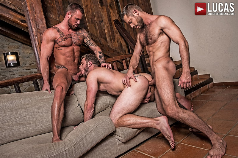 lucasentertainment-big-muscled-tattoo-naked-dude-bulrog-fucks-asses-muscle-hunks-ace-era-michael-roman-ripped-six-pack-abs-011-gay-porn-sex-gallery-pics-video-photo