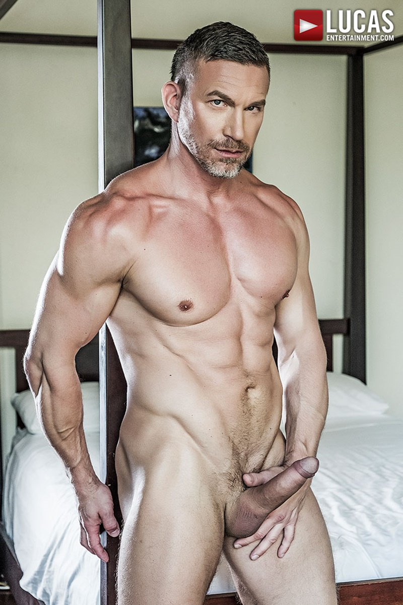 lucasentertainment-blond-tattoo-muscle-hunk-shawn-reeve-bareback-ass-fucking-top-daddy-tomas-brand-massive-raw-bare-cock-005-gay-porn-sex-gallery-pics-video-photo