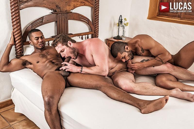 lucasentertainment-fuck-me-tattoo-ass-ace-era-tops-sean-xavier-lucas-fox-threesome-gay-porn-stars-big-thick-muscle-cocks-sucking-001-gay-porn-sex-gallery-pics-video-photo