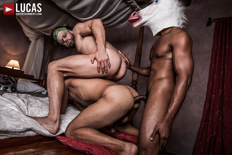 lucasentertainment-gay-porn-hot-bareback-ass-fucking-threesome-sex-pics-drae-axtell-james-castle-sean-xavier-fuck-raw-cock-009-gay-porn-sex-gallery-pics-video-photo