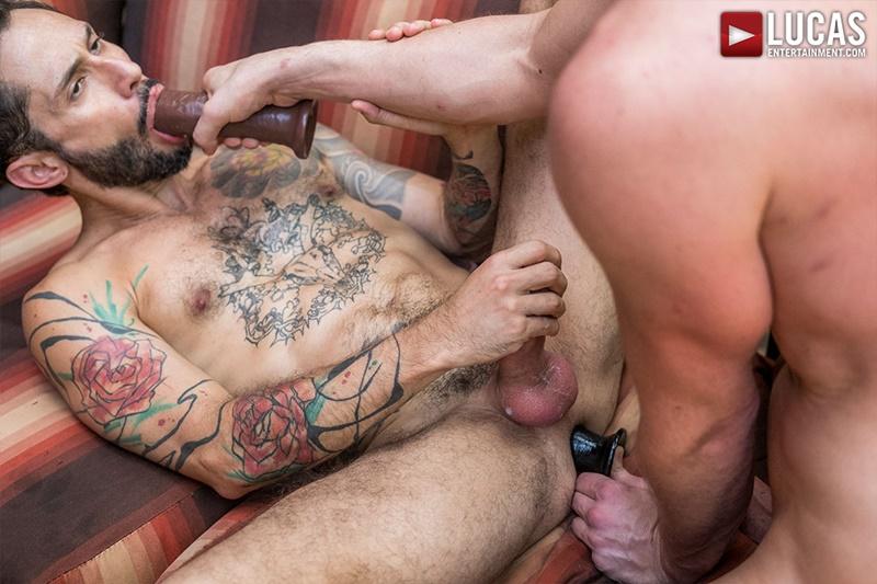 lucasentertainment-gay-porn-hot-tattooed-dude-bareback-fucking-huge-raw-muscle-dick-sex-pics-rod-fogo-damon-heart-022-gallery-video-photo