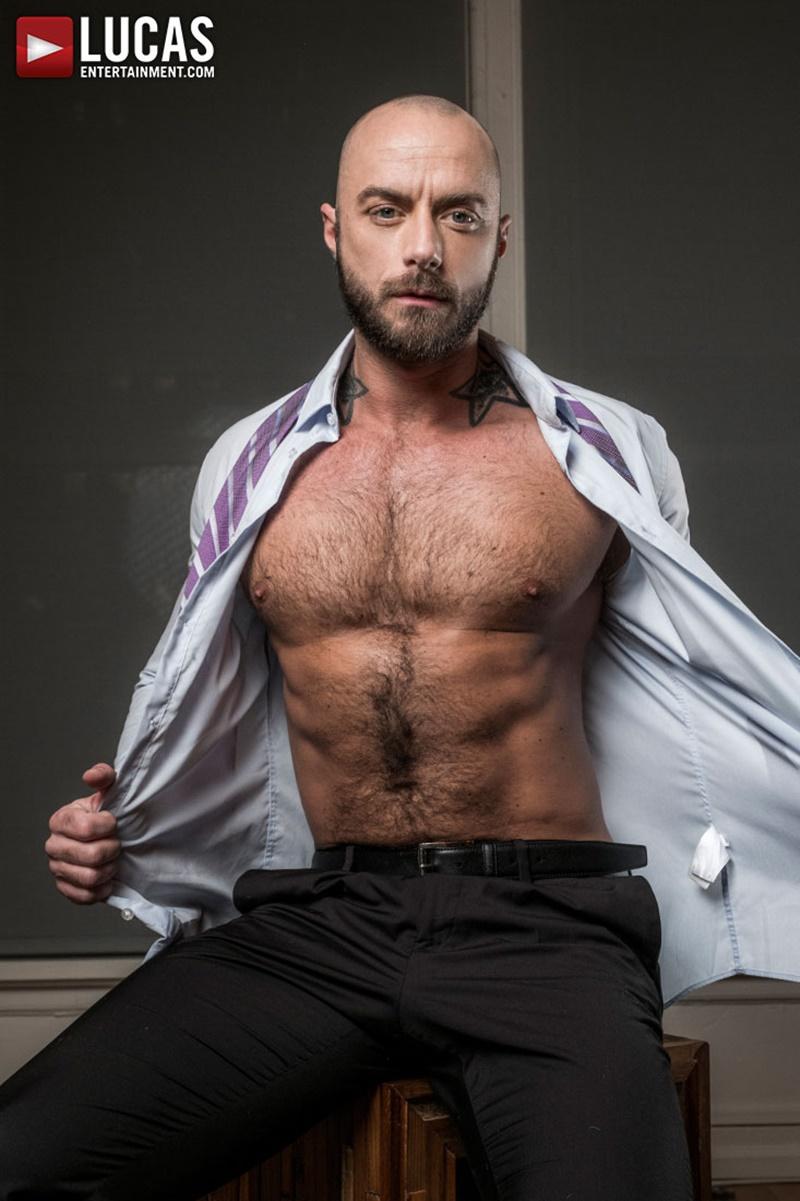 gay bareback interracial
