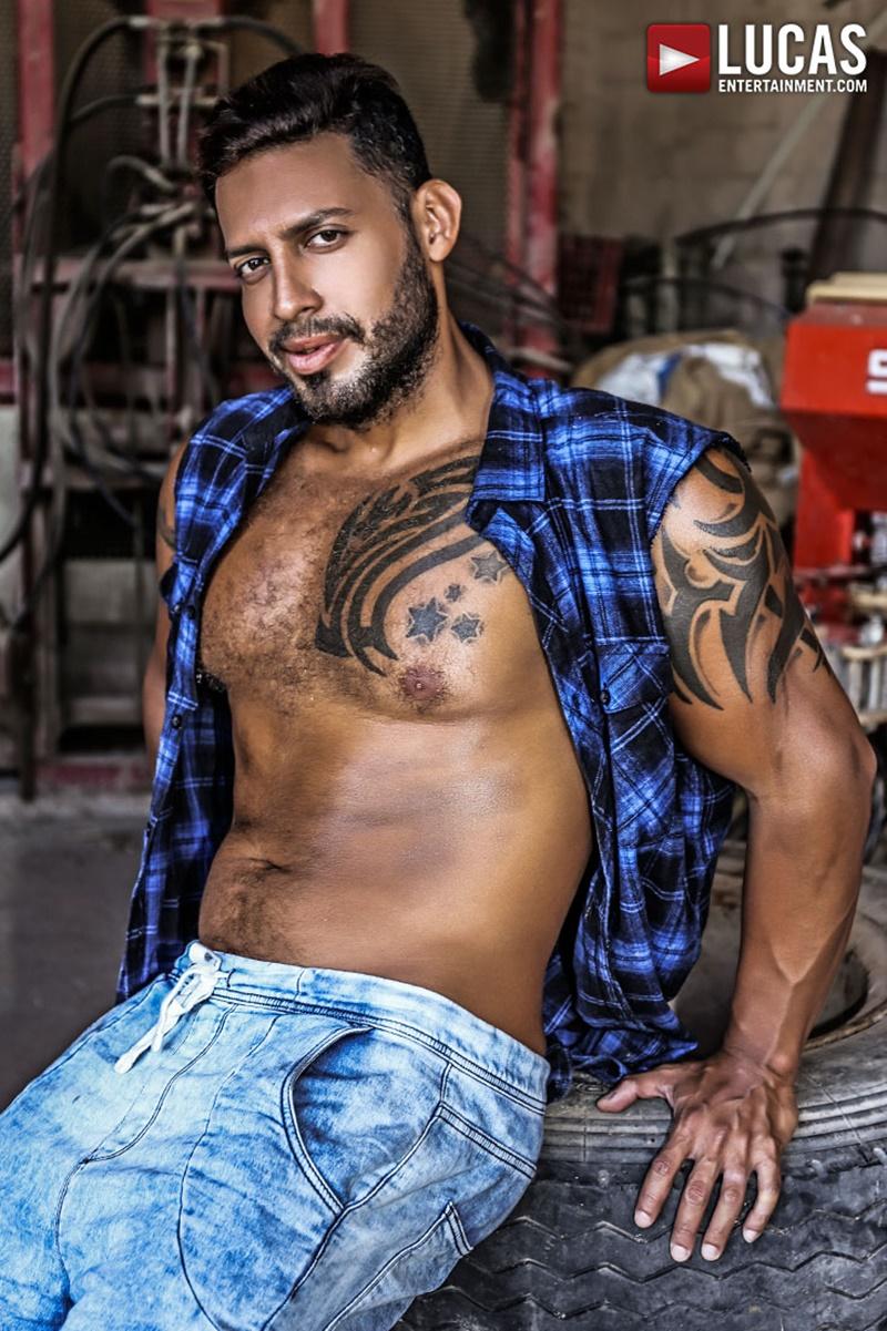 lucasentertainment-naked-big-muscle-men-tattoo-bareback-ass-fucking-orgy-alejandro-castillo-alex-kof-jacen-zhu-mario-domenech-viktor-rom-007-gay-porn-sex-gallery-pics-video-photo