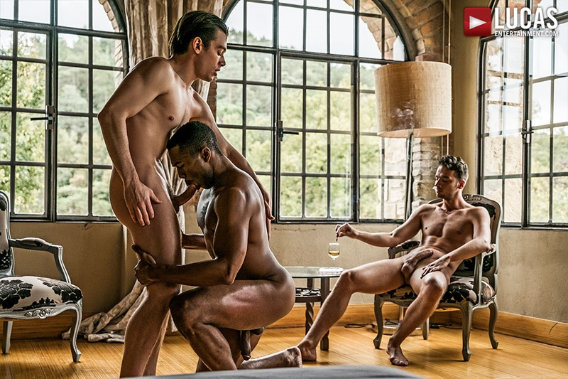 lucasentertainment-sexy-big-muscle-ripped-naked-dudes-damon-heart-double-fucked-sean-xavier-jon-bae-anal-bubble-butt-ass-005-gay-porn-sex-gallery-pics-video-photo
