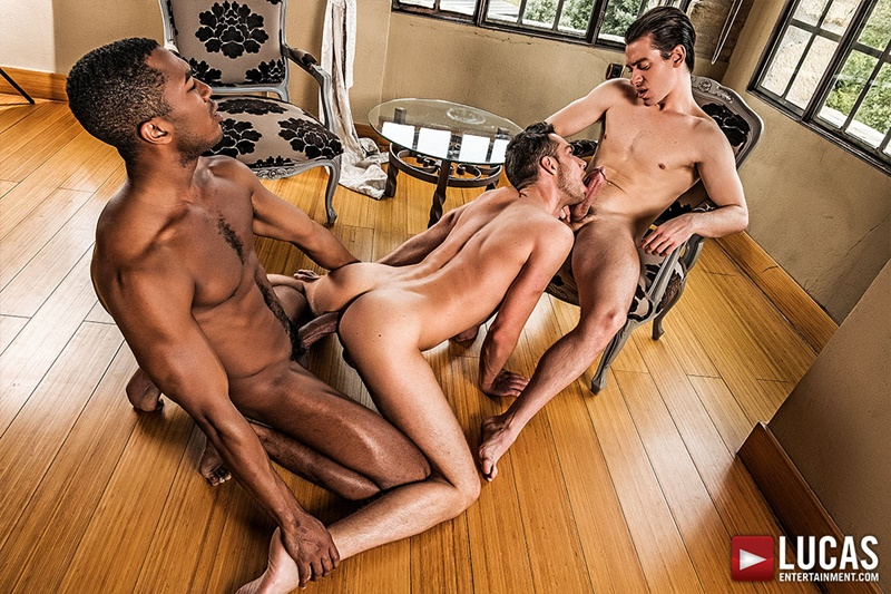 lucasentertainment-sexy-big-muscle-ripped-naked-dudes-damon-heart-double-fucked-sean-xavier-jon-bae-anal-bubble-butt-ass-011-gay-porn-sex-gallery-pics-video-photo