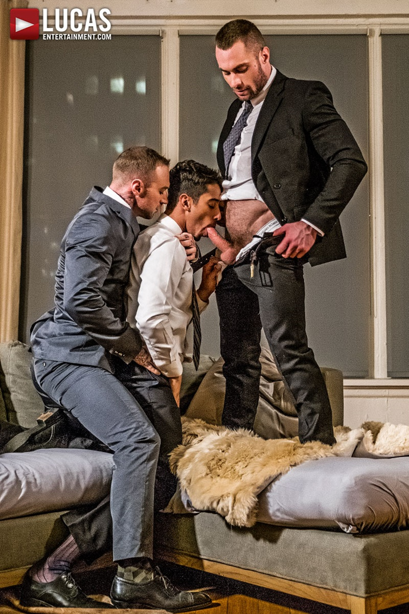 lucasentertainment-sexy-naked-tattoo-muscle-men-drae-axtell-office-ass-fucking-threesome-dylan-james-stas-landon-big-thick-muscled-cock-011-gay-porn-sex-gallery-pics-video-photo