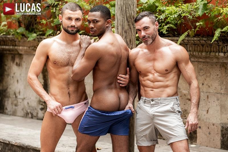 manuel-skye-jeffrey-lloyd-sean-xavier-sunset-sex-lucasentertainment-005-gay-porn-pictures-gallery