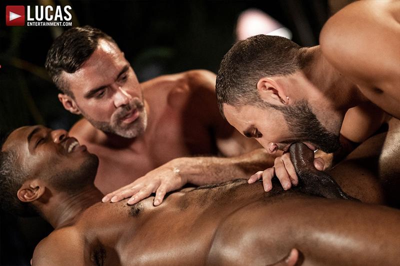 manuel-skye-jeffrey-lloyd-sean-xavier-sunset-sex-lucasentertainment-014-gay-porn-pictures-gallery