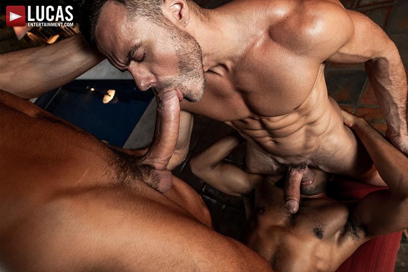 manuel-skye-jeffrey-lloyd-sean-xavier-sunset-sex-lucasentertainment-021-gay-porn-pictures-gallery