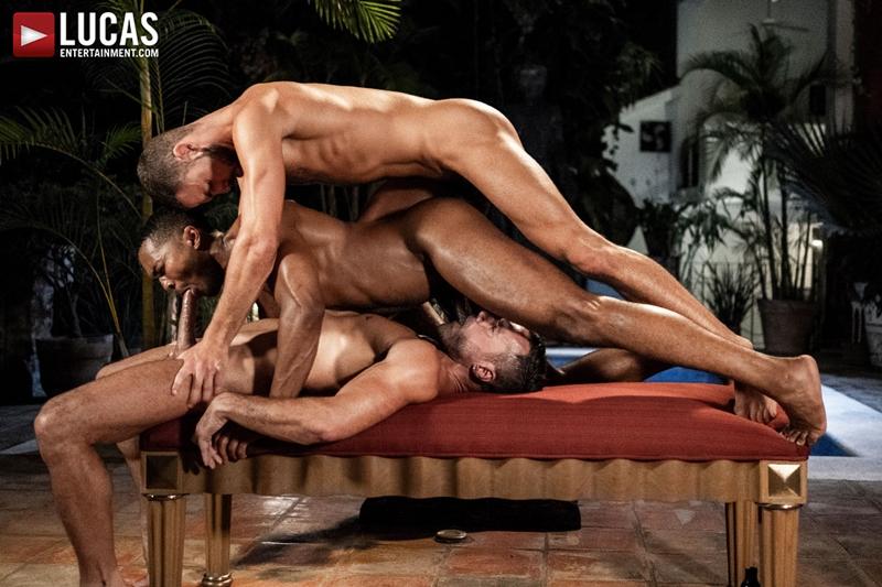 manuel-skye-jeffrey-lloyd-sean-xavier-sunset-sex-lucasentertainment-025-gay-porn-pictures-gallery