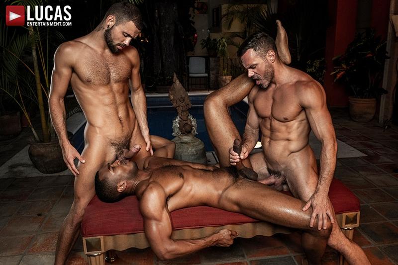 manuel-skye-jeffrey-lloyd-sean-xavier-sunset-sex-lucasentertainment-028-gay-porn-pictures-gallery
