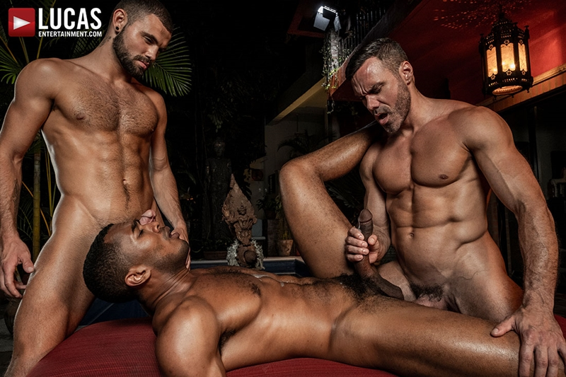 manuel-skye-jeffrey-lloyd-sean-xavier-sunset-sex-lucasentertainment-029-gay-porn-pictures-gallery