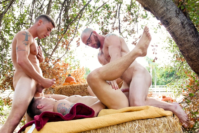 markie-more-justin-matthews-spencer-laval-gay-threesome-big-bareback-cock-virgin-hole-raw-fuck-nextdoorstudios-012-gay-porn-pictures-gallery