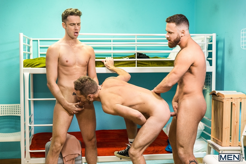 gay-porn-pictures-015-mars-gymburger-logan-moore-damon-heart-hardcore-anal-rimming-hot-threesome-men