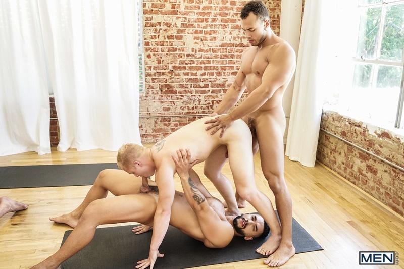 men-gay-porn-naked-dude-sex-pics-wesley-woods-arad-winwin-jacob-peterson-leon-lewis-casey-jacks-leo-luckett-big-dicks-027-gay-porn-sex-gallery-pics-video-photo